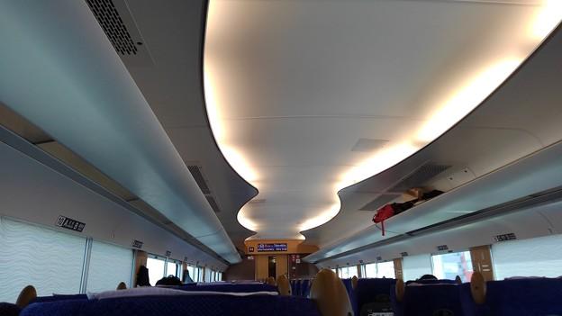 Tobu 500 interior