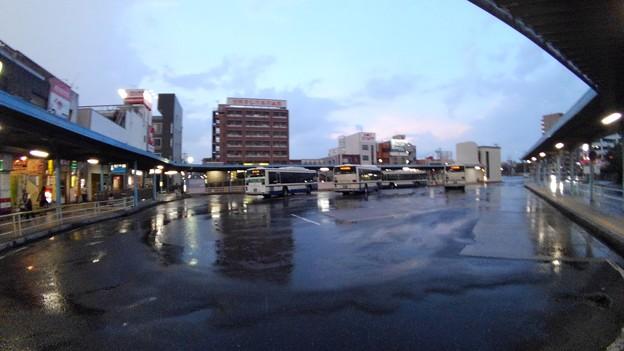 新瑞橋バスターミナル