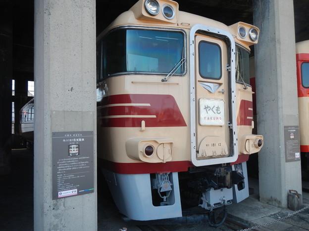 Photos: Kiha 181 12 with a 500PS prime mover