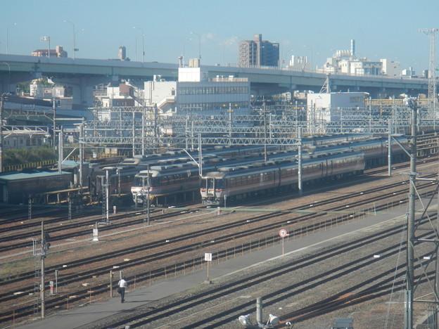 Kiha 85s @ Nagoya Depot