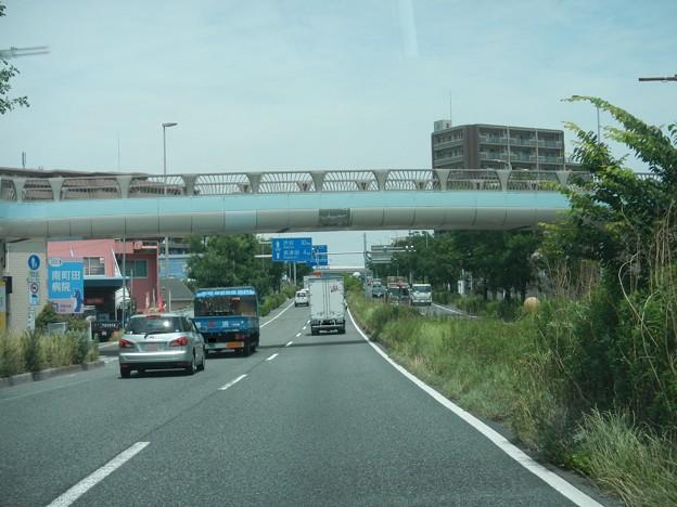 R246町田市鶴間