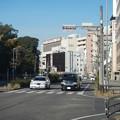 DSCN5988 正面神宮前駅 左は熱田神宮