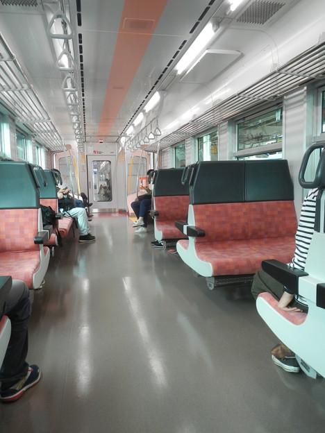GV-E400 (11) interior-1