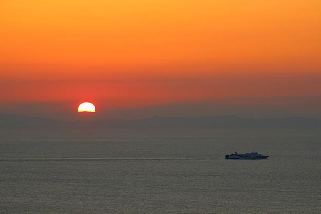 日の出と船(2)