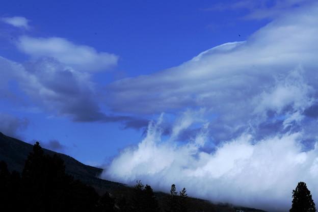 Photos: 雲が湧いて