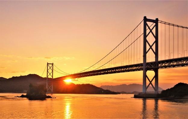 秋のしまなみ海道の夕陽@因島大橋@布刈の瀬戸21.10.8