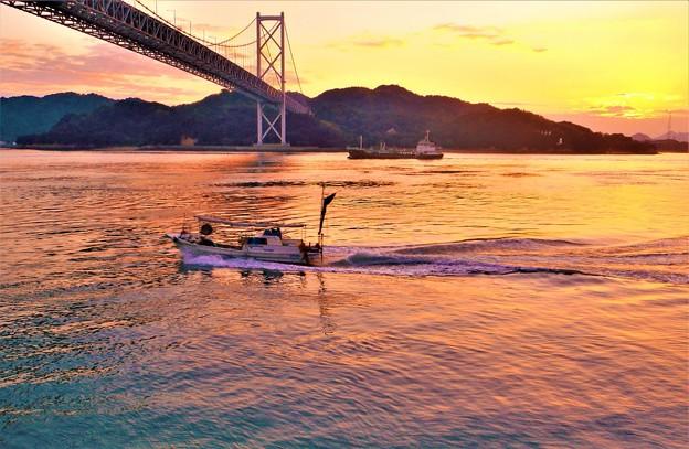 海峡に陽は落ちて@因島大橋・布刈瀬戸21.10.8