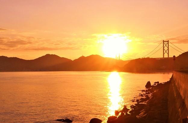 因島大橋の夕陽@瀬戸内海・しまなみ海道21.10.8