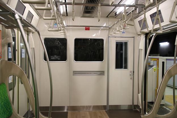 東急電鉄2020系 車内先頭部
