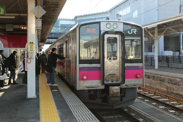 Photos: 奥羽本線701系@大曲駅