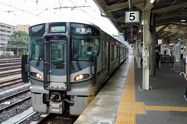 和歌山線227系@王寺駅
