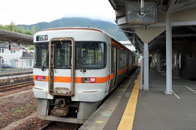キハ25@尾鷲駅