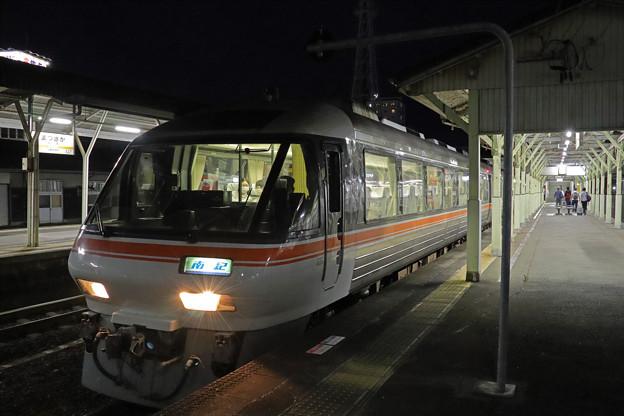 ワイドビュー南紀8号@松阪駅