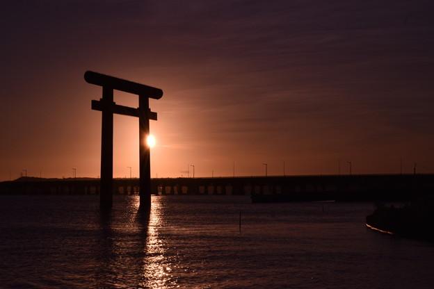 鹿島神宮西の一の鳥居×夕陽