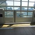 Photos: 登戸駅のホームドア(1)