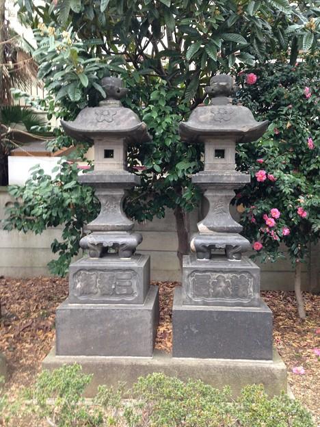 亀戸天神社(江東区亀戸)石灯籠
