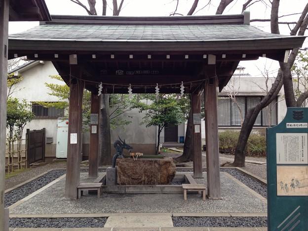 亀戸香取神社(江東区)手水舎