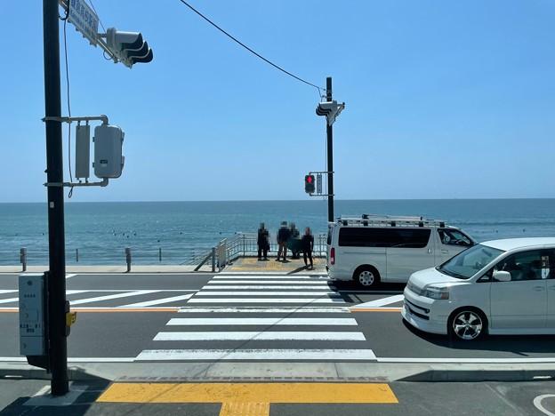 鎌倉高校駅前交差点通過(神奈川県)