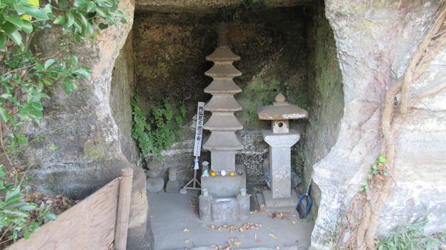 英勝寺(鎌倉市)伝 阿仏尼墓