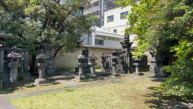 霊巖寺(江東区)松平家?墓