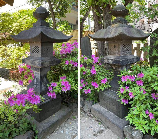 藤森稲荷神社(江東区)石灯籠