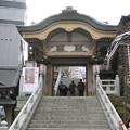 Photos: 湯島天満宮 神門(湯島3丁目)