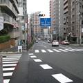Photos: 動坂上交差点より北(千駄木4丁目・駒込4丁目)