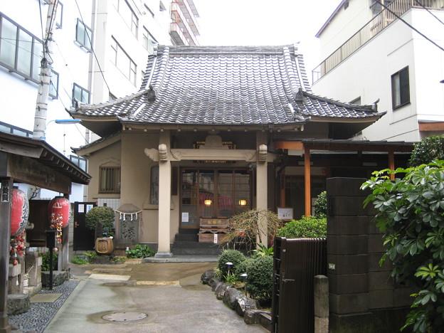 圓乗寺(白山1丁目)本堂