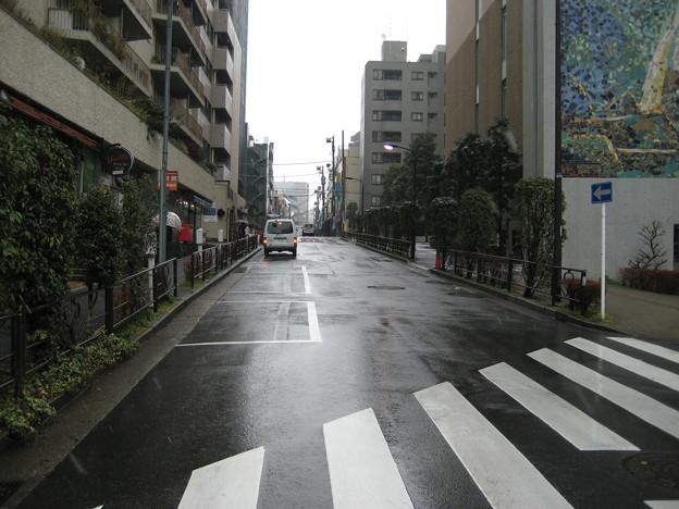 壱岐坂(本郷1丁目)壱岐坂交番前交差点東