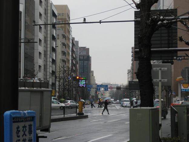 17号壱岐坂上交差点より南東(本郷)湯島聖堂・神田明神方向