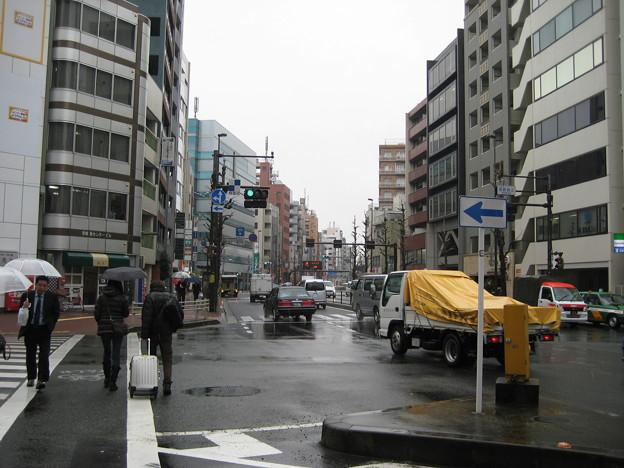 17号壱岐坂上交差点より北(本郷)前田サン家方向