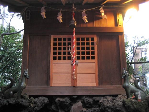 11.03.01.小石川諏訪神社(後楽2丁目)思の森(うぶしのもり)稲荷神社