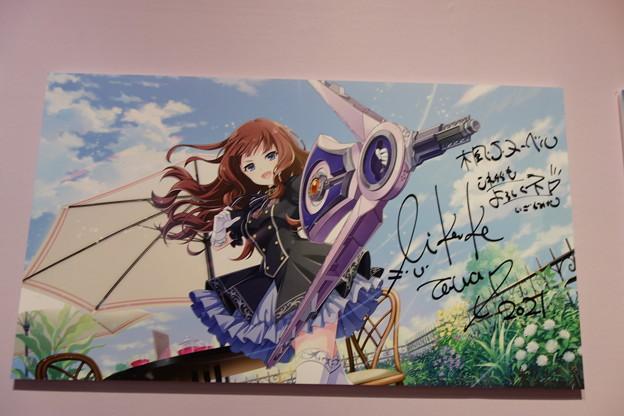 アサルトリリィ  楓役 井澤美香子 サイン入りキャンバスボード