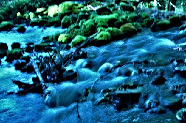 川の流れ-2