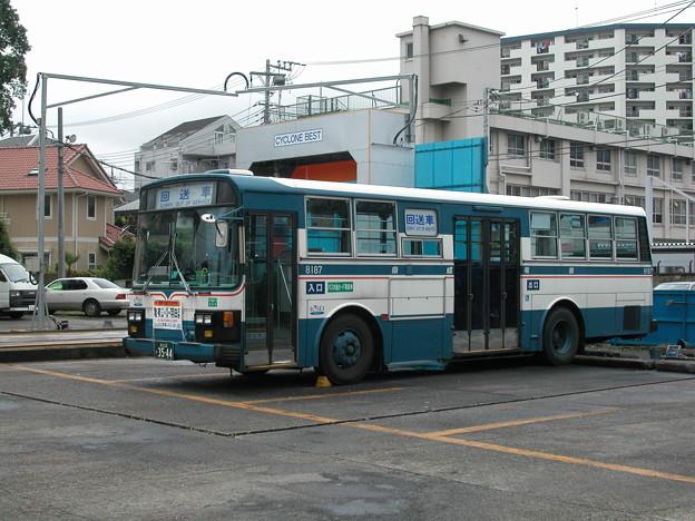 #9146 京成バスC#8187 2003-8-19