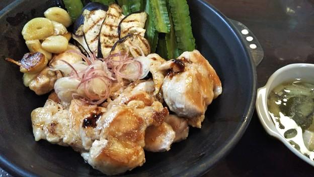 鶏の押焼き 四角豆 じゃがいもと茄子鳥出汁スープ