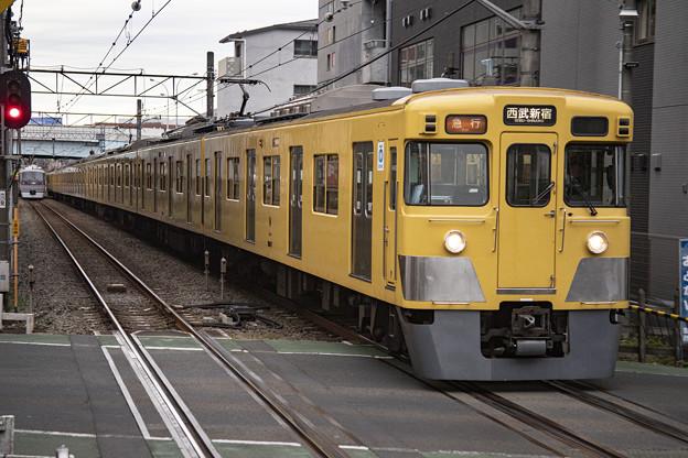 西武2000系2007F+2409F
