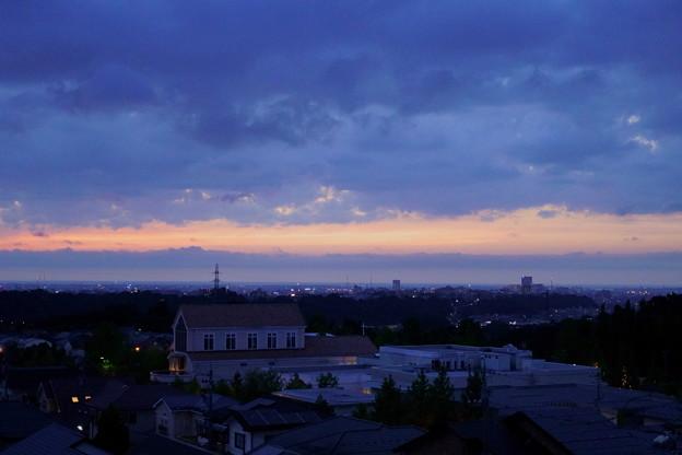 夕暮の街並み