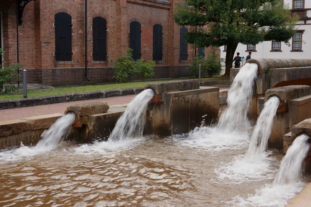 辰巳用水石管の再生