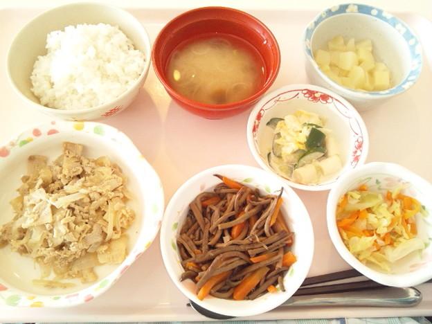 Photos: 2月25日昼食(豚肉の生姜焼き) #病院食