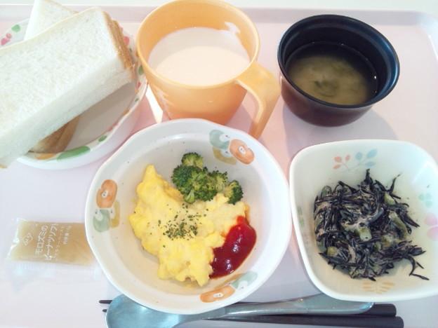 Photos: 3月3日朝食(スクランブルエッグ) #病院食