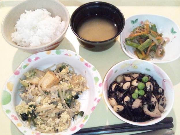 3月19日夕食(厚揚げと青梗菜のチャンプルー) #病院食