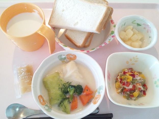 3月24日朝食(ロールキャベツのクリーム煮) #病院食