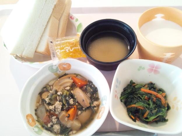 4月1日朝食(車麩の鶏そぼろ煮) #病院食