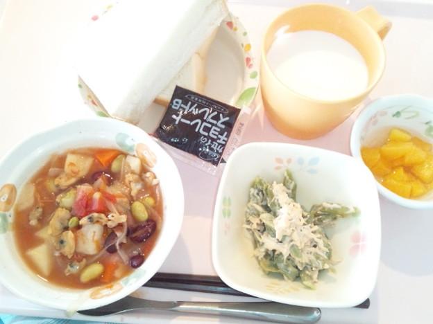 4月3日朝食(あさりとじゃが芋のトマト煮) #病院食
