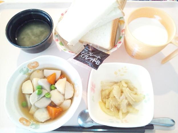 4月10日朝食(イカ団子の煮物) #病院食