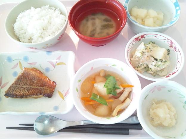 4月11日昼食(めばるの照り焼き) #病院食