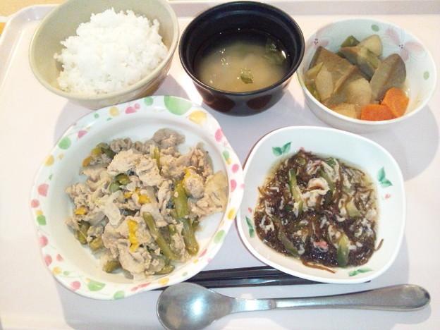 4月20日夕食(豚肉とアスパラの炒め物) #病院食