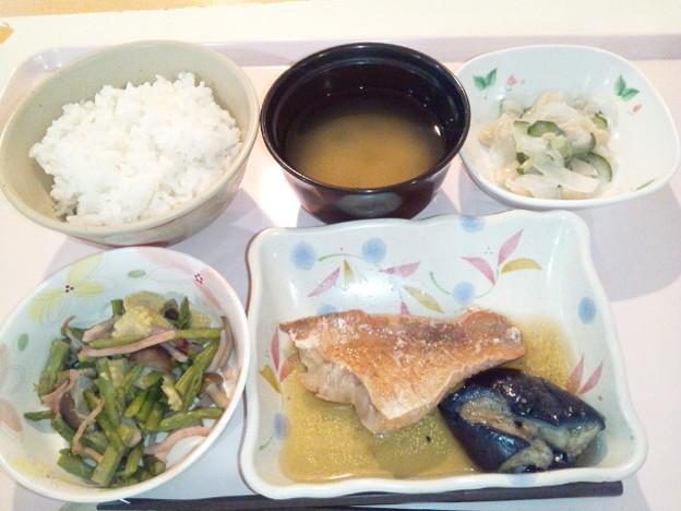 5月5日夕食(赤魚の煮付け) #病院食