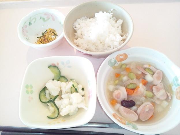 6月13日朝食(ウインナーと豆のコンソメスープ煮) #病院食